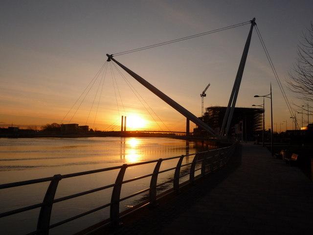 Newport: morning sun and Usk footbridge