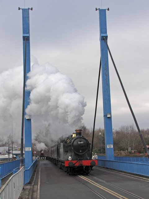 5643 on the swing bridge