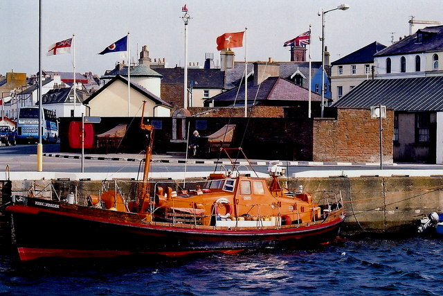 Peel - West Quay - Lifeboat  Manx Voyager