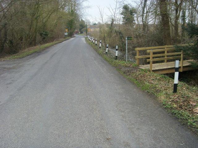 Lane heading to Weston-on-the-Green