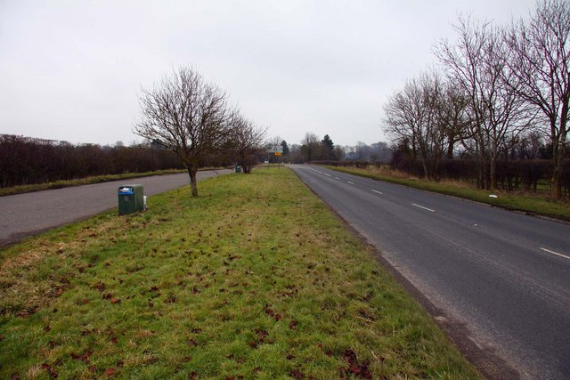 The B4009 to Longwick