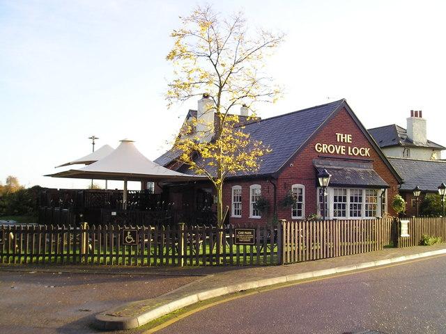 The Grove Lock Pub, Grove, Leighton Buzzard