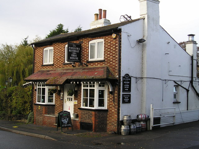 The Anglers Retreat Pub, Marsworth
