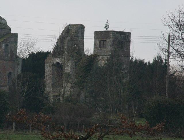 Brambletye House (remains of) © N Chadwick :: Geograph ...