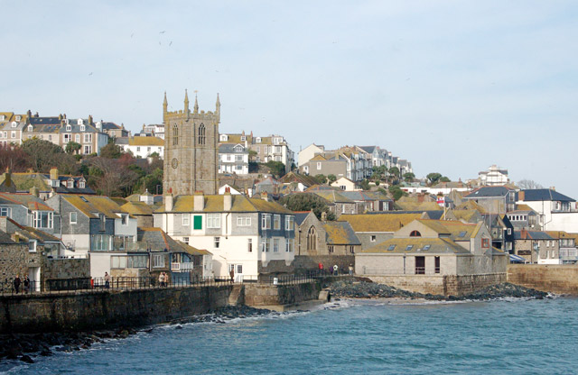 St Ives town centre from Pedn Olva