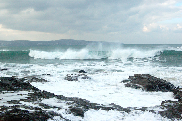 Winter waves at Godrevy (7)