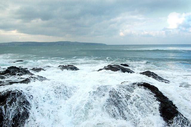 Winter waves at Godrevy (8)