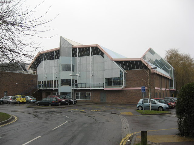 River Park Leisure Centre Winchester Richard Rogerson Cc By Sa 2 0 Geograph Britain And