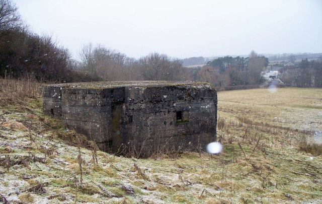 Pillbox, nr Weldon Bridge