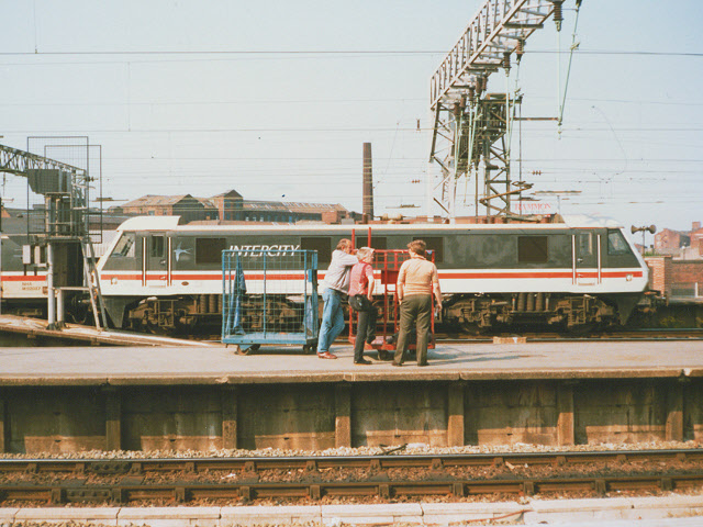 Trainspotters and BRUTEs at Piccadilly