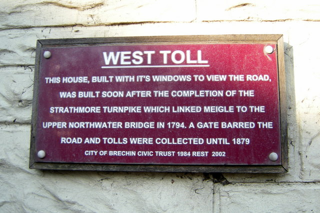 Plaque on wall of West Toll House, Brechin