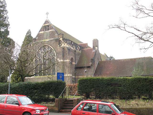 Church of the Good Shepherd, Tadworth: east end