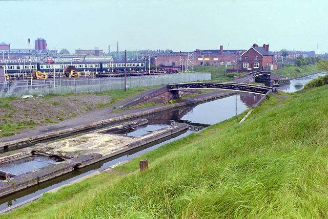 BCN Main Line - toll island and bridge,1987