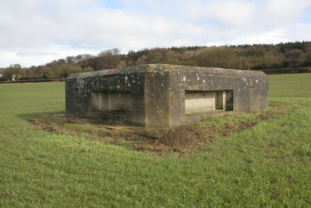Front view of the pillbox