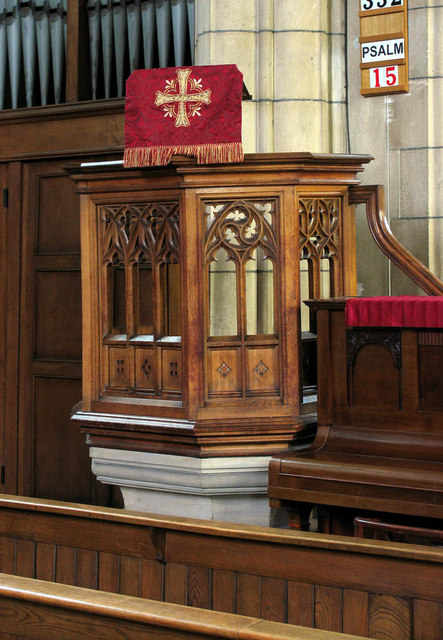St Catherine, Dudden Hill Lane, London NW2 - Pulpit