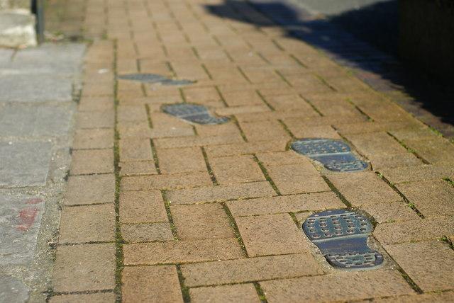 Walking Tour of the City Walls, Southampton