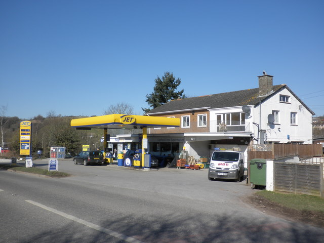 Petrol Station Near Gatwick South Terminal Car Hire