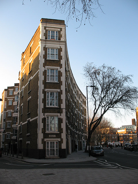 Peabody Trust housing, Marshalsea Road
