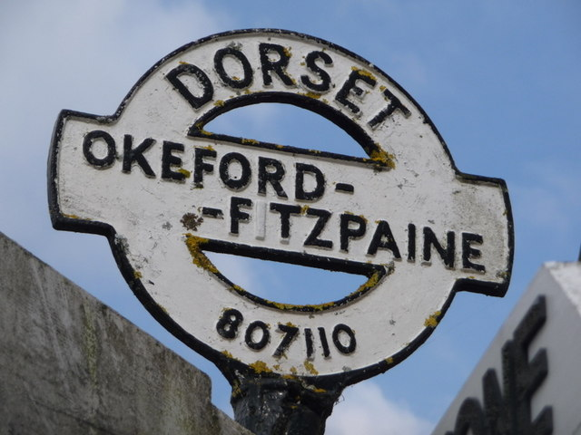 Okeford Fitzpaine: detail of finger-post