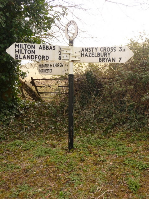 Milton Abbas: signpost at Pond Head