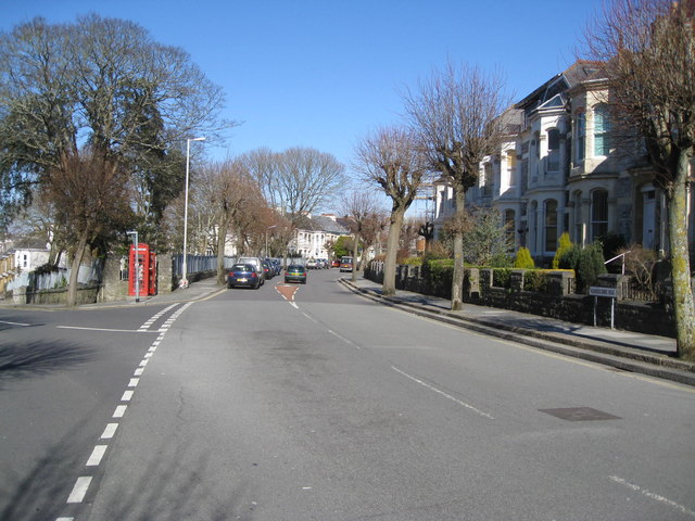Houndiscombe Road junction with Sutherland Road