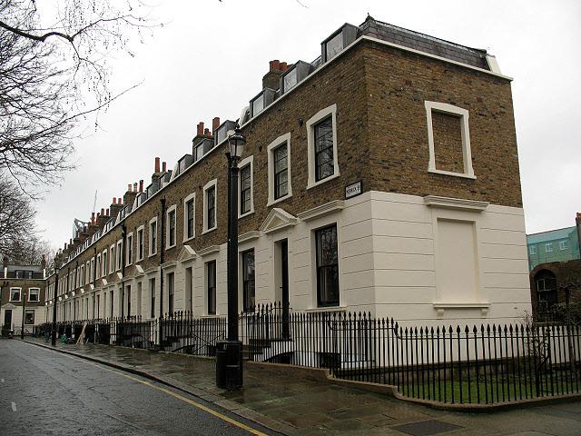 Merrick Square, off Trinity Street (2)