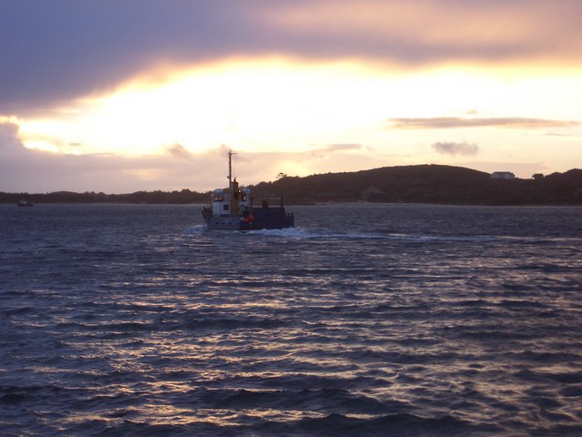 Lyonesse Lady between Tresco and Bryher