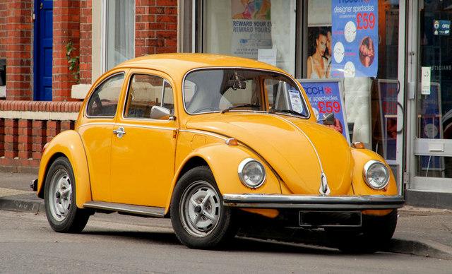 Volkswagen Beetle, Belfast (2) © Albert Bridge cc-by-sa/2.0 :: Geograph Ireland