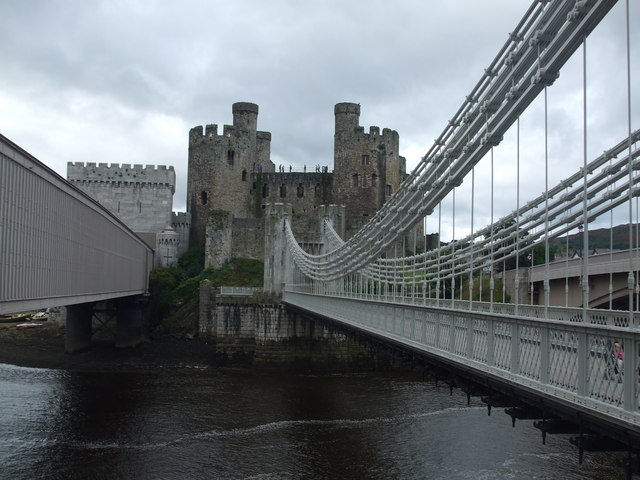 Suspension bridge, Tubular bridge and Conwy Castle
