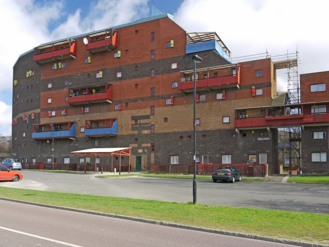 Byker Wall From Dalton Street 169 Andrew Curtis Cc By Sa 2 0