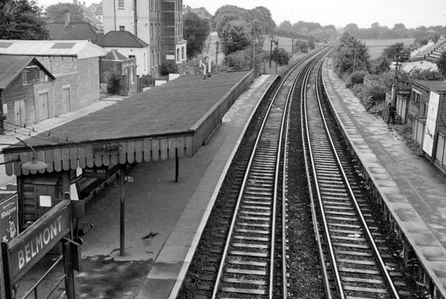 Belmont (Surrey) Station