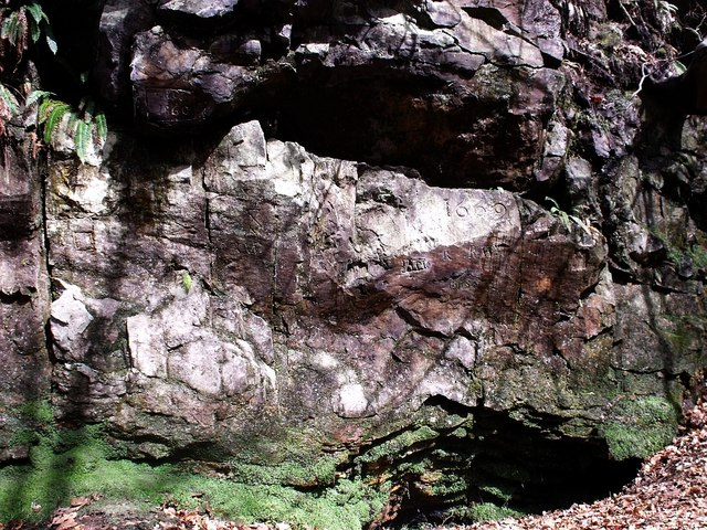 The Covenanter's Cave, Garrel Glen