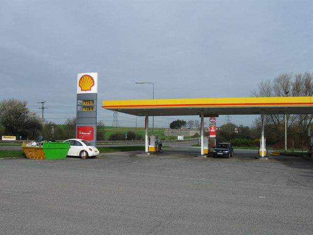 Shell garage wentbridge services alex mcgregor cc by sa 2 0 geograph britain and ireland - Find nearest shell garage ...