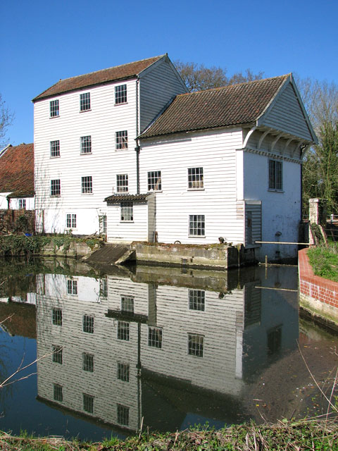 Marlingford Mill reflecting in mill dam
