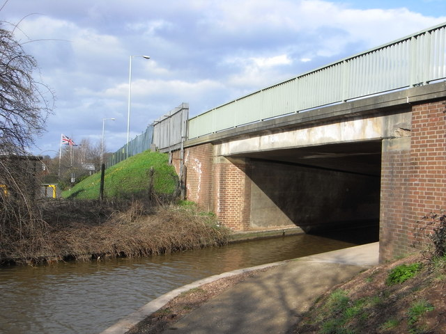 Bridge No. 19, Worcester & Birmingham Canal