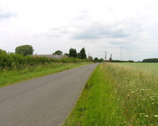 Bullock road northwards past Ongutein Manor Farm