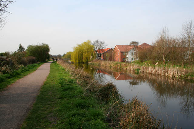 grantham canal at gamston kate jewell geograph. Black Bedroom Furniture Sets. Home Design Ideas