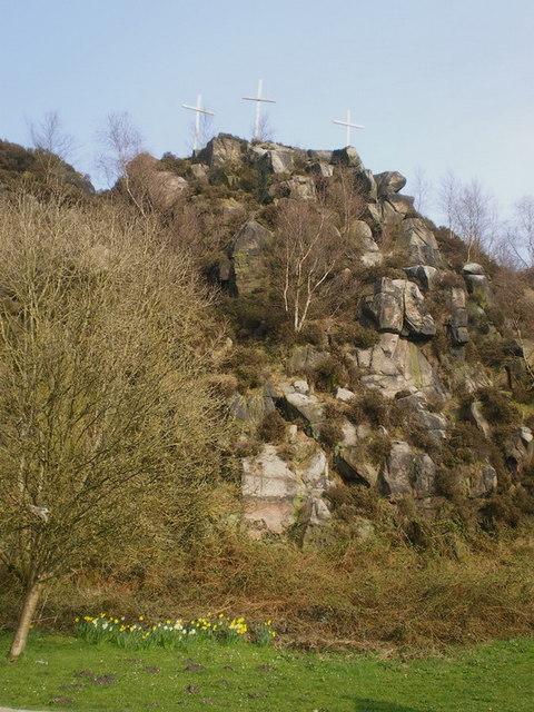 three crucifixes on wetley rocks 169 richard law geograph