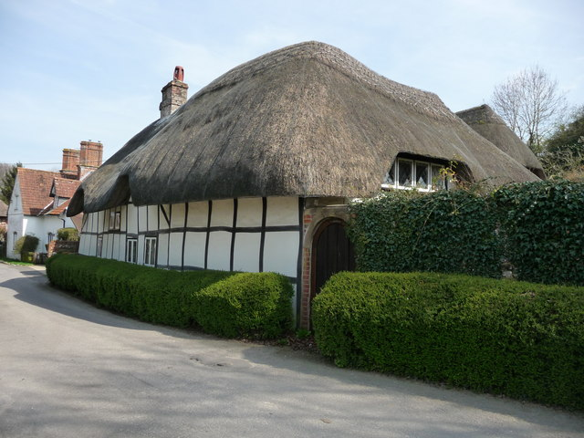 Nether Wallop - Thatched Cottage