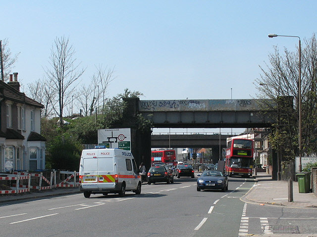 Railway bridge over Woolwich Road