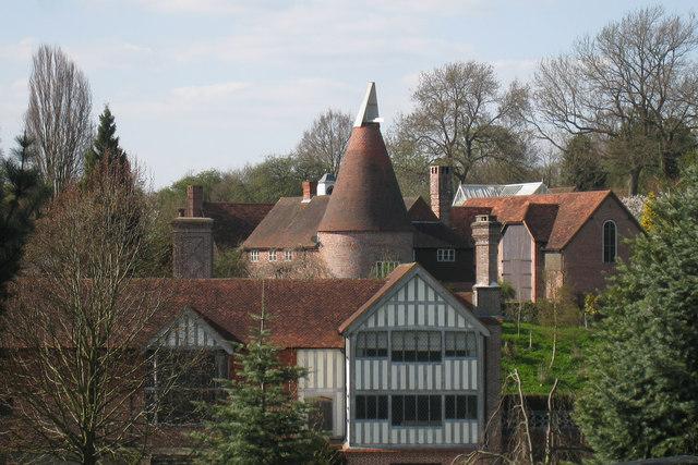 Oast House At Leighton Manor Farm Spode 169 Oast House
