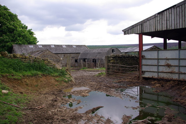 Derelict farmyard at Brewster Hill