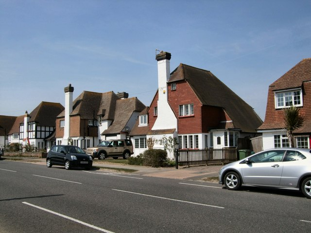 Houses on the B2182 at Cooden