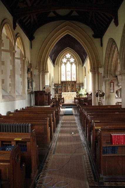 St mark 39 s nave richard croft cc by sa 2 0 geograph St mark s church englefield