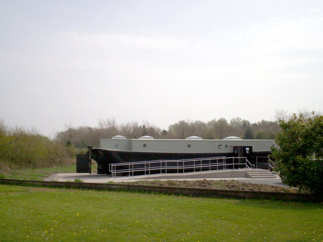 Enterprise barge beside Waterside House Museum, Oxford Island