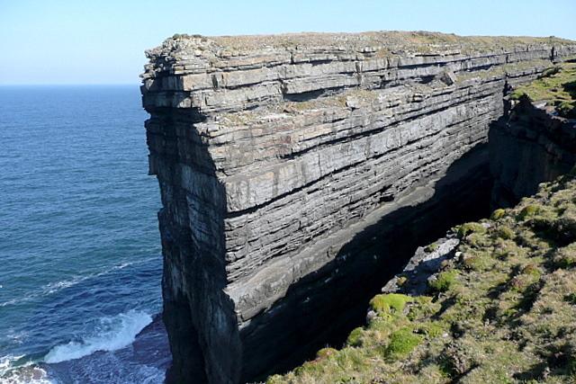 Dermot and Grania's Rock