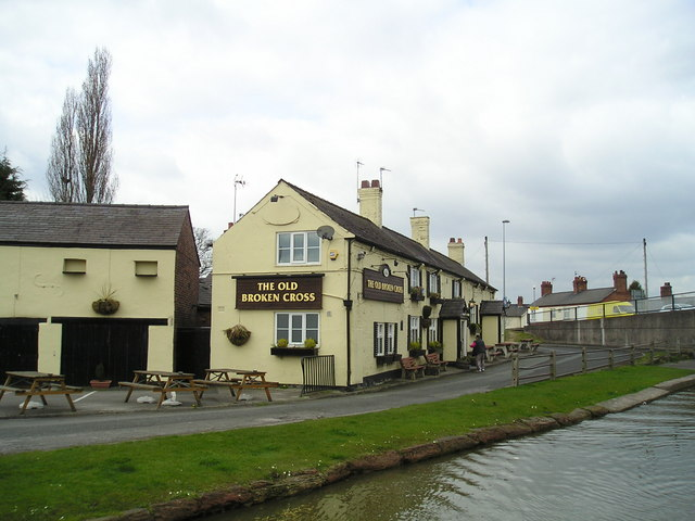 The Old Broken Cross Pub, Old Broken Cross