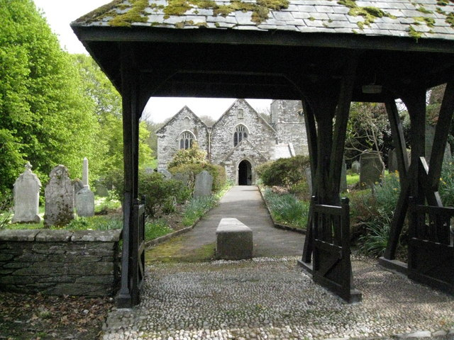 Lych Gate and coffin stone