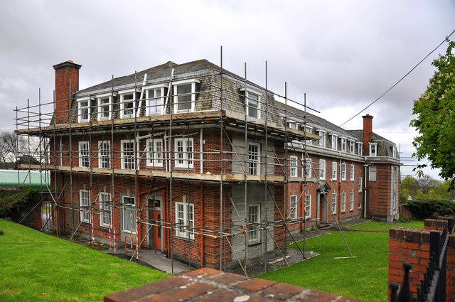 Refurbishment Of Hospital Building 169 Mick Lobb Cc By