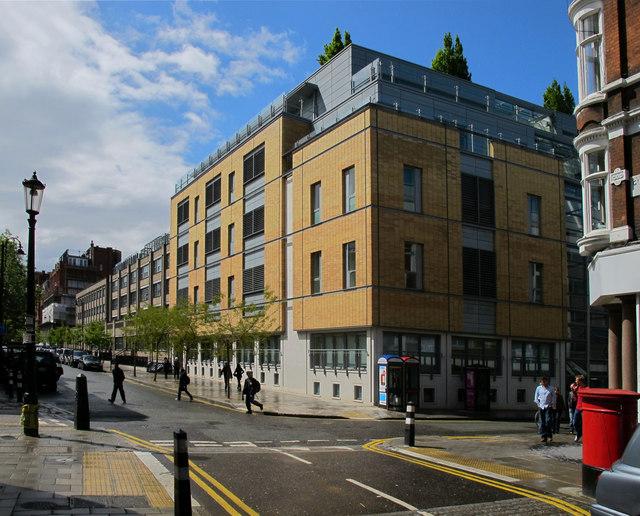 Great Ormond Street Hospital 169 David Hawgood Geograph